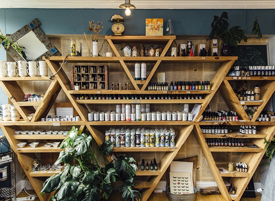 Candles, crystals and tinctures at Seagrape