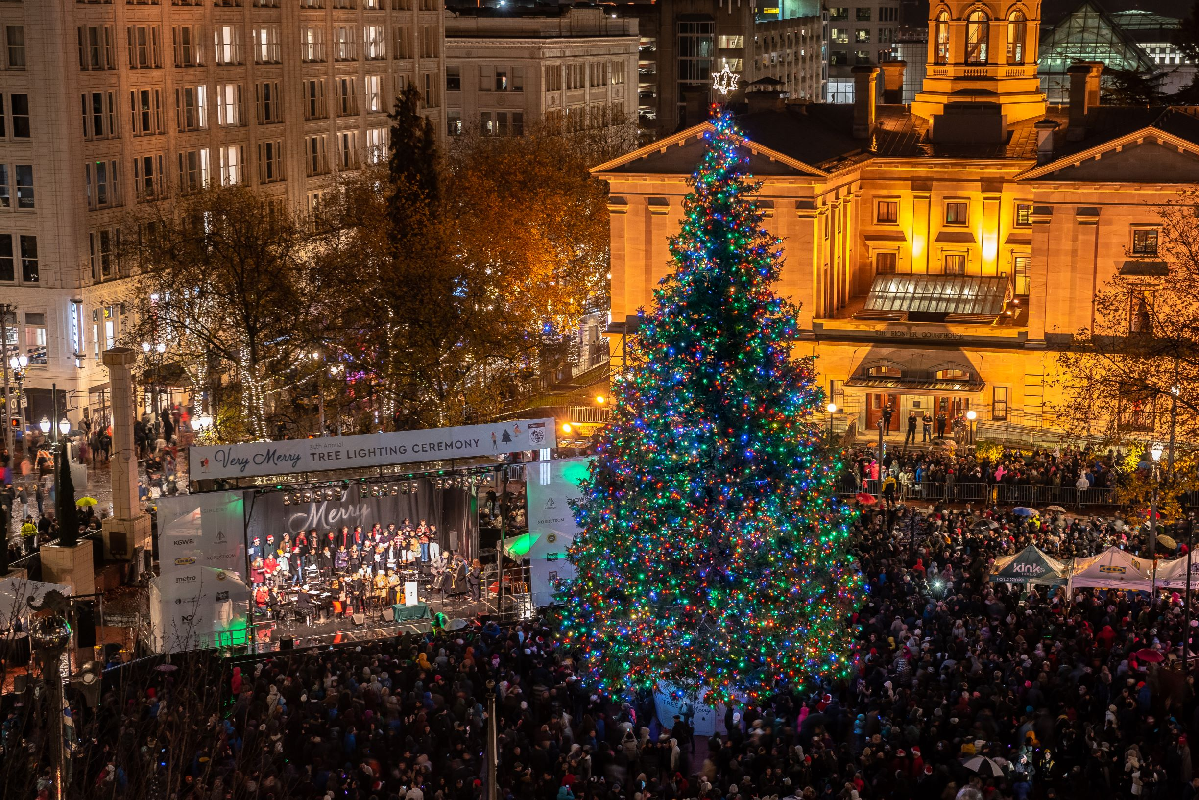 Pioneer Square Christmas Tree Lighting 2020 Holiday Events at Pioneer Courthouse Square | The Official Guide